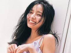 NMB48村瀬紗英、未公開ヘソ出しショット解禁。