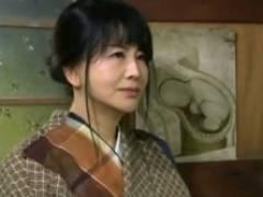 【ヘンリー塚本】産婦人科の悪徳医師にハメられる昭和の四十路妊婦 浅井舞香