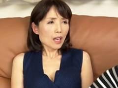 過保護すぎる五十路の痴女母とマザコン息子の禁断セックス 中山香苗 隅田涼子