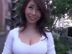 神女かも?篠田あゆみ!Iカップおっぱいの熟女妻とたっぷり中出し・・・