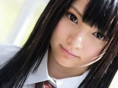[坂口みほの]黒髪ロングの可憐な美少女の初々しい制服エッチデビュー作に注目!