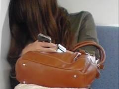 今日ミニスカ穿いてるなんてことを忘れて電車の中でグッスリ寝ちゃった女達がスカートの中をしっかり盗撮されて世間にパンティーを晒してしまうwwww