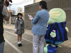 【悲報】 チーム8 山田杏華ちゃん、チンピラに絡まれるwwwww