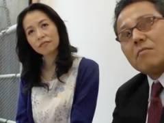 旦那の早漏を治そうとカウンセリングを受けアドバイスを元に早速セックス! 井上綾子