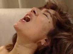 この前テレビに出ていたあの女優さんです。ナイスなアヘ顔していい声出します 真梨邑ケイ