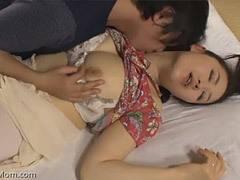 加藤英子 息子にポン引きがバレてしまい誤解を解こうと性交する巨乳母