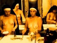 【エロ画像】絶対に処女じゃないシスターがこちら。神への冒涜です・・・