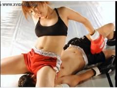 【リョナ】これはエロい女子ボクシングです!男子がおチンチンを殴られます!