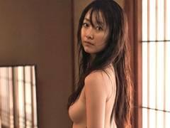 【厳選エロ画像38枚】黒川智花は美人だがヌードも出してるし結婚もしてるんだな。パンチラも胸チラもおがみたーい【永久保存版】