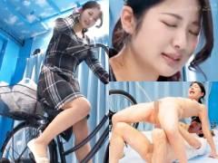超可愛い清楚な若妻がMM号の中でアクメ自転車w失禁お漏らしするほど感じてしまう企画