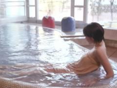 秘湯ロマンで梨木まい(26)の小ぶりなおっぱい入浴 part7