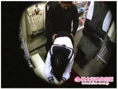 【個人撮影】これは危ない東京ブルセラマニア!店長がアウロリJKとヤリまくりです!