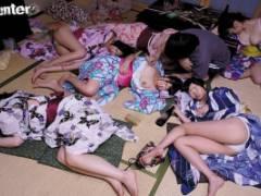 霧島さくら 笹倉杏 浴衣姿の巨乳美女たちが酔いつぶれている間にエッチないたずら