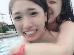 【過激画像】森川彩香、小嶋菜月とプールに行ってみた結果wwwww