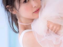 【モグラ女子・泉里香の巨乳・着衣おっぱいは写真集「Rika!」から】エロ画像20枚
