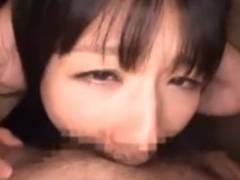 清楚そうに見えて実は変態ドMなロリ美少女がエレベーター内でイラマごっくんw
