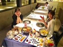 【画像】元HKT岡田栞奈による元AKB平田梨奈の誕生日お祝いディナーのおもてなしがコレwwwww
