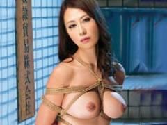 性奴隷貿易株式会社の手によって凌辱の限りを尽くされる美人母 奥村瞳