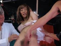 星咲光耶 イケメン男子を拉致して男の娘に調教!拘束されたままちんぽを手コキで弄ばれる