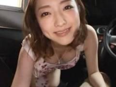 羽田あい 美女が男根をフェラしてくれる!車の中でねっとり舐めてザーメン口内射精