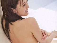 【白石麻衣】割れ目クッキリになった現役アイドルさんのエロ画像集。(31枚)