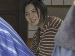 倉本雪音 男のペニス無しでは生きられない巨乳の未亡人お母さん ヘンリー塚本作品