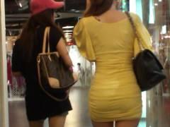 タイトワンピ着た女のセクシーな姿を盗撮したエロ画像28枚