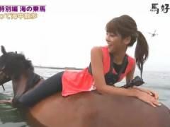 岡副麻希さん、ドテ高の股間で騎乗位から背面騎乗位へ。