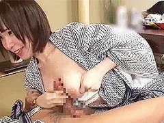 伊東紅 西尾れむ 温泉旅館で彼女の親友に誘惑される!浴衣をはだけて巨乳でちんぽをパイズリされちゃうw