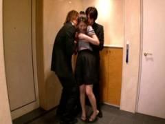 北川瞳 スーツの男達に凌辱される美人で巨乳の奥さん!服を剥ぎ取られてしまい輪姦レイプ