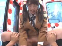 【素人】お小遣いを渡されてチンポをぶちこまれた制服ロリ娘が拙い騎乗位でHを頑張る!