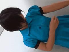 某コスプレ喫茶店の面接に来た女の子の更衣室着替えの隠し撮り流出映像・・おっぱいポロリあり!
