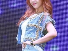 韓国アイドルの抜群のプロポーションが際立つエロい振り付けの瞬間を切り取ってみましたwwww