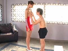 真田レイラ 身長175cmで9頭身スタイルの長身レースクイーンのSEX!