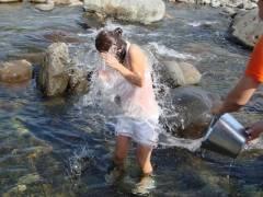 【透け透けドレスの画像】濡れフェチには最高のオカズ…!透けブラ透けパンの天国でイコうww
