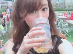 【画像】AV女優・二宮ひかりさんのBBQオフ会(参加費16,000円)に集まったファンをご覧ください