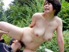 【青姦 エロ】おっぱい晒して野外でセックスしちゃってる画像100枚