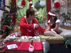無料エロ動画 聖なる夜にサンタコスでヤリチンに犯されるコスプレ美女のエロ動画