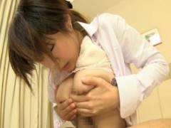 桜ももい 手錠目隠しされた巨乳秘書が手マンで痙攣絶頂パイズリさせられハメられる