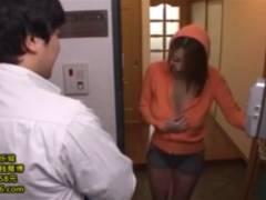 吹石れな 「ハシタナイよ奥さん」急な訪問者に着の身着のまま出た巨乳人妻w