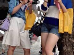 素人太もも画像 街で見かけた性癖にブッ刺さった生脚を隠し撮りwwww