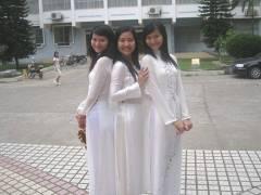 【エロ民族衣装】ベトナムのアオザイというパンツもブラも透けまくりな民族衣装、これは視姦不可避wwwwwwwww(画像30枚)