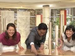 竹内由恵アナの前かがみ胸チラおっぱいの谷間キャプ!テレビ朝日女子アナ