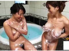 【母乳】これはやばい母乳ママがレズナンパ!ミルクをかけられてもう発情が止まりません!