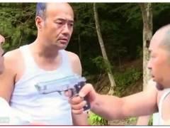 【おっぱい】ながえスタイル・とてもエロい欲望島!無人島で男の中に女が一人で殺し合いになりました。