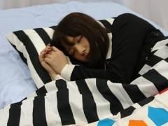 【画像】《大和田南那・渡邉美穂》2人の寝ている姿がそっくりすぎるwwwww