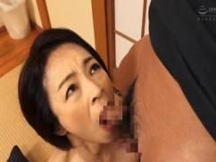 藍川京子 枯れたカラダに性欲が蘇る息子の勃起チンコを熟女フェラする母子交尾近親相姦