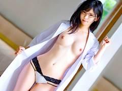 遠野あかり 総合病院で働くインテリ女医の性開発セックス