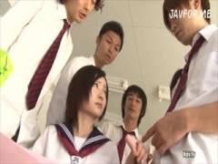 【女子校生】学園でたった一人の女の子が同級生や教師に性奴隷にされちゃう!