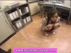 生徒会長を目指す制服美少女が先生を誘惑するエッチな選挙活動!